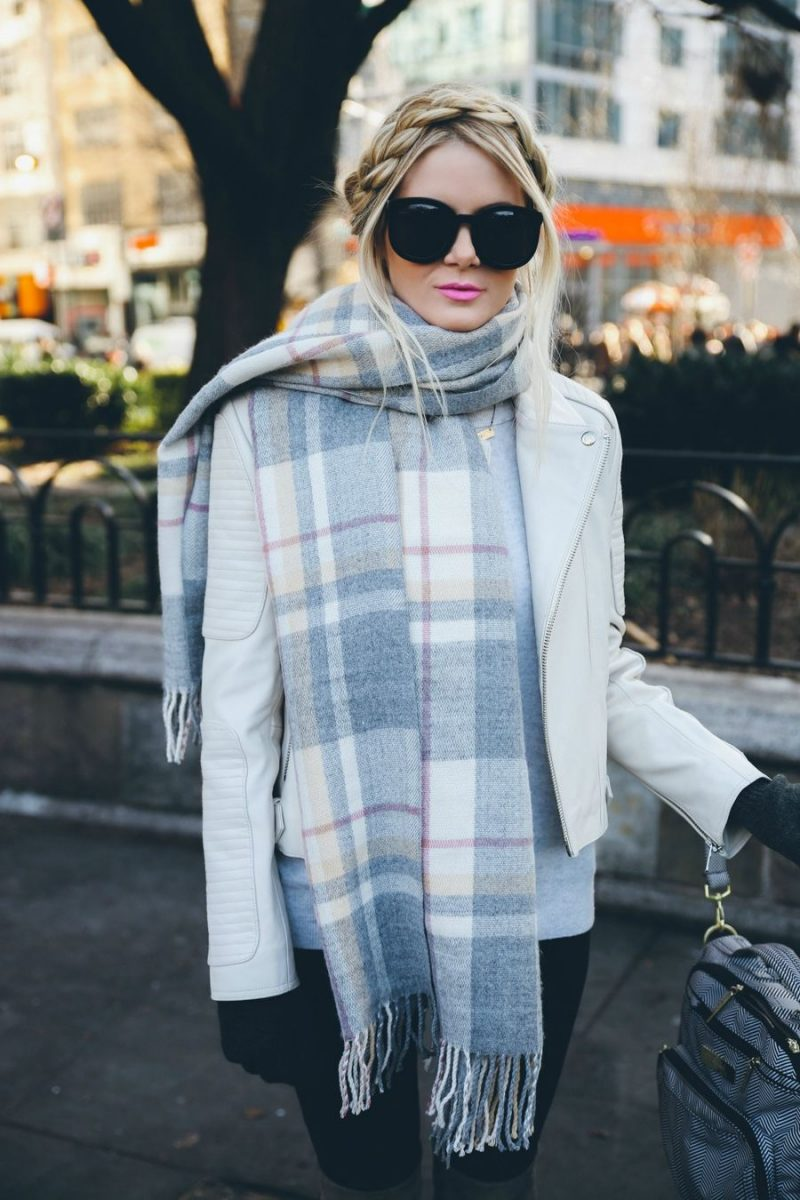 How To Style Oversized Scarves For Women: Trend Is Back 2020