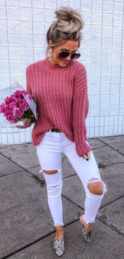 How To Style Ripped Jeans: Best Street Style Looks 2019