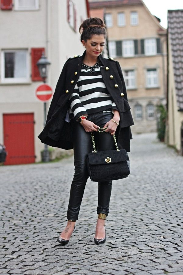 Top 32 Ways How To Wear Black Coats For Women 2020