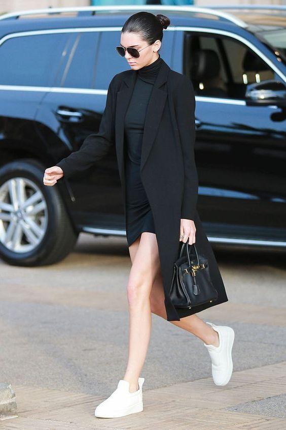 Black Blazers For Women: Trendy Outfit Ideas 2019