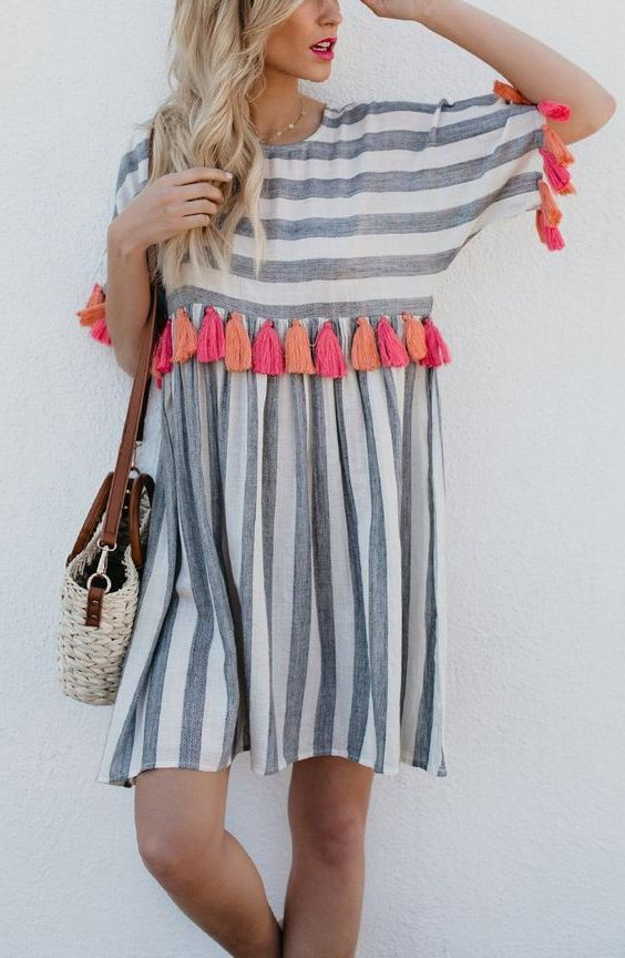 Best Ways To Wear Striped Dresses: Full Guide With Pictures 2020