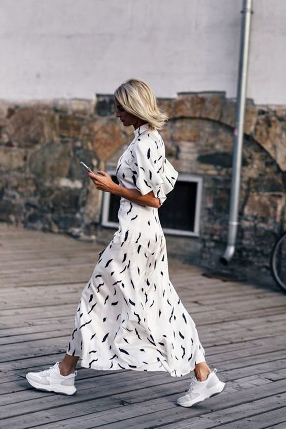 What Dresses To Wear With White Sneakers 2019