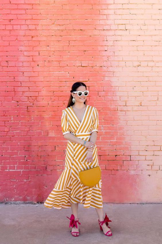Best Ways To Wear Striped Dresses: Full Guide With Pictures 2021