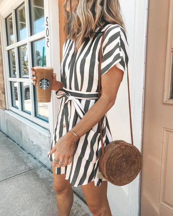 Striped Outfits For Women: Best Ideas And Tips 2019