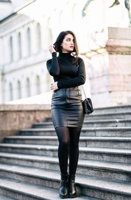 17 Powerful Ideas How To Wear Black Leather Skirts 2020