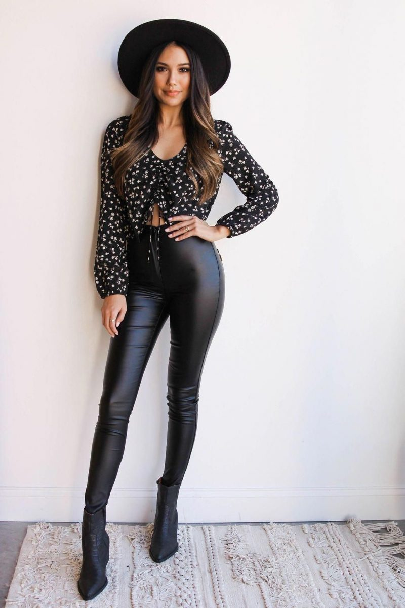 18 Faux Leather Leggings Tested Outfit Ideas 2021