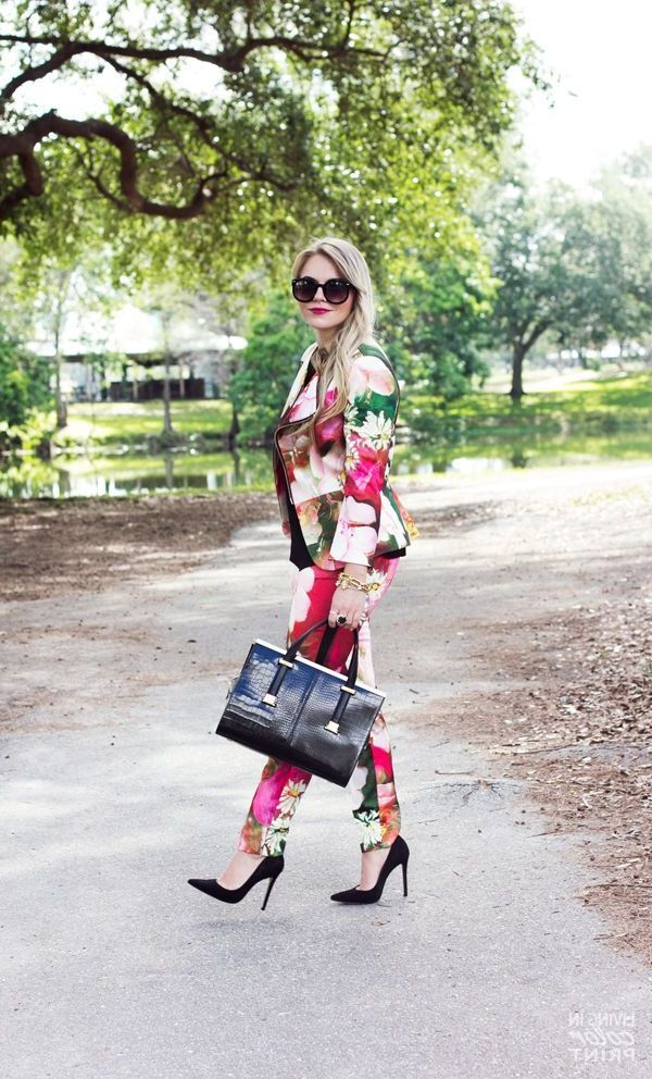 Ways To Style Floral Suits Like a Fashion Expert 2021