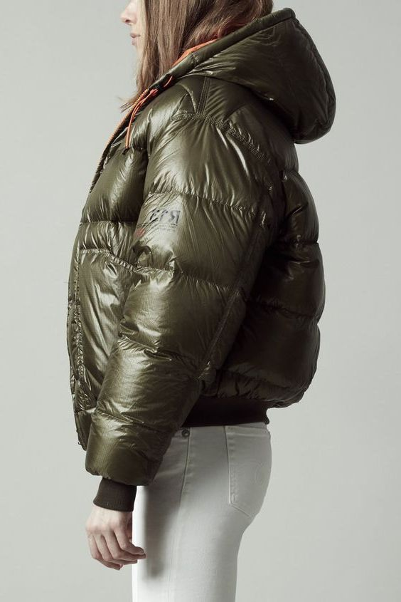 Short Puffer Jackets To Make You Look Trendy 2019