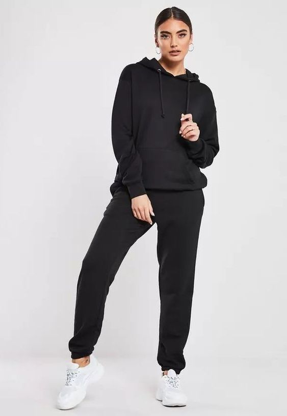 How To Wear Joggers For Women In The Streets 2021