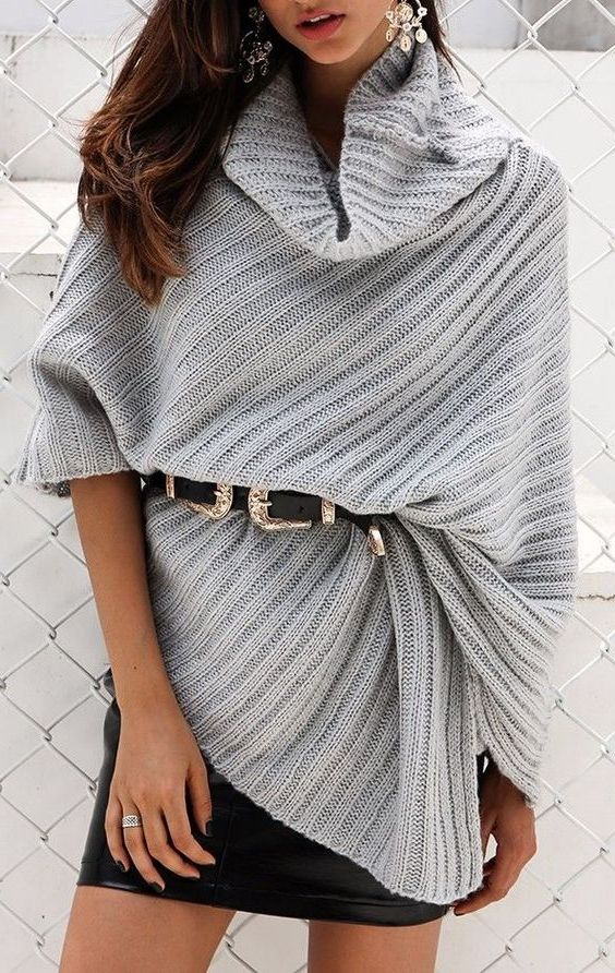 Complete Guide: How To Wear A Poncho (40+ Outfit Ideas) 2021
