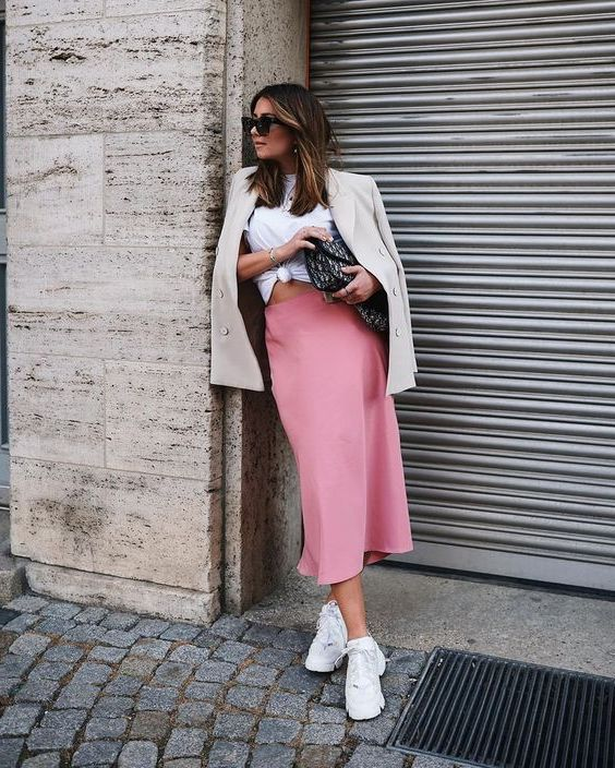 Midi Skirts For Women: Complete Guide 2020