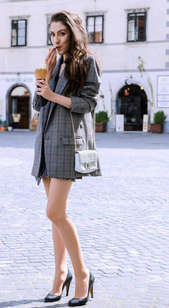 How To Wear Mini Skirts Easy Tips And Tricks Street Style Inspiration Looks 2021