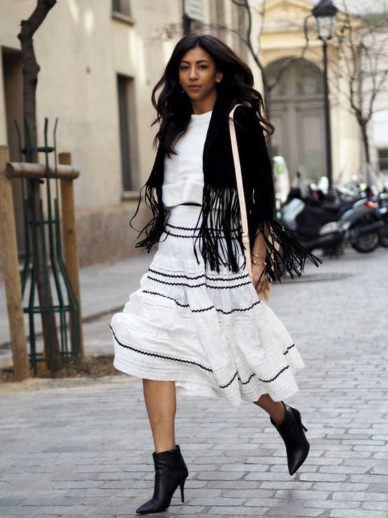 24 Outfit Ideas With Fringed Jackets 2020