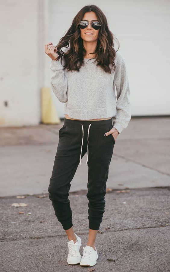 My Favorite Easy Ways To Wear Jogger Pants For Women 20+ Ideas 2021