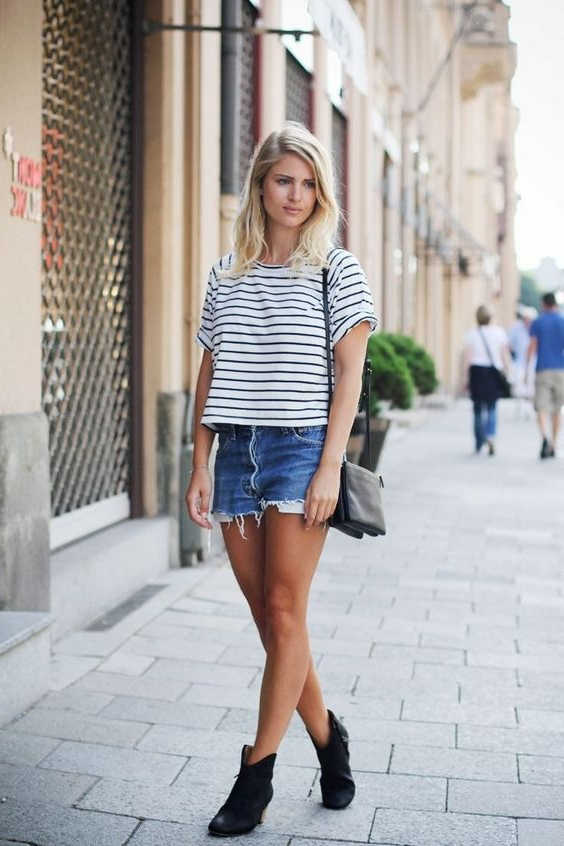 Boots and Shorts For Women The Ultimate Guide With Pictures 2021
