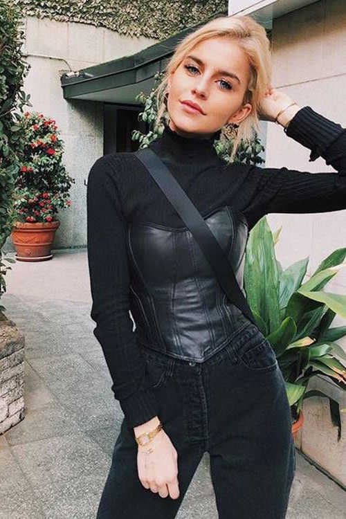 How To Wear Leather Corsets 2021