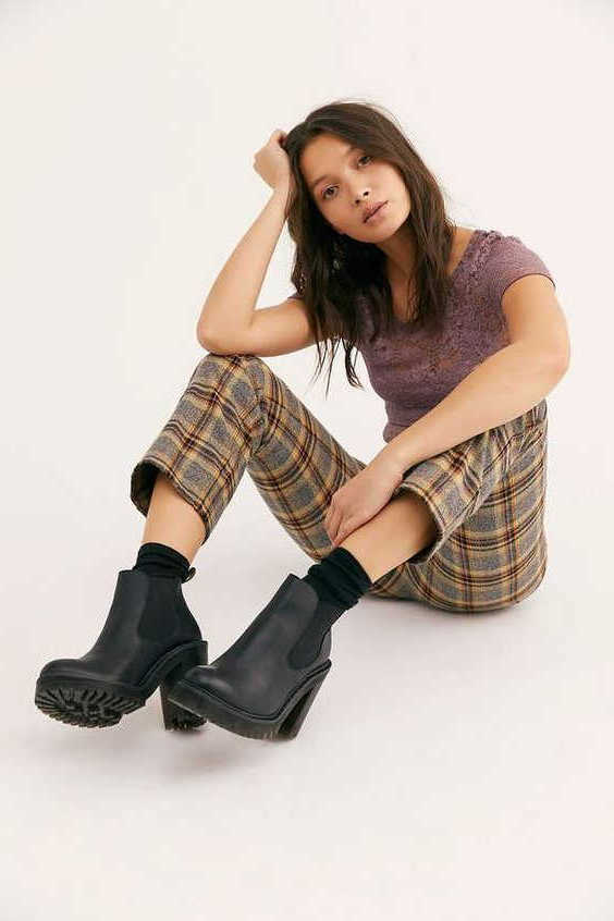 How To Wear Platform Chelsea Boots For Women 2021