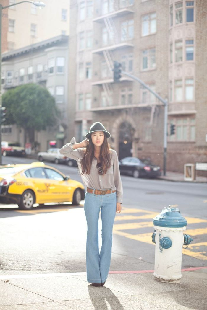 Light Blue Pants Outfits For Women: Easy, Simple And Fresh 2021