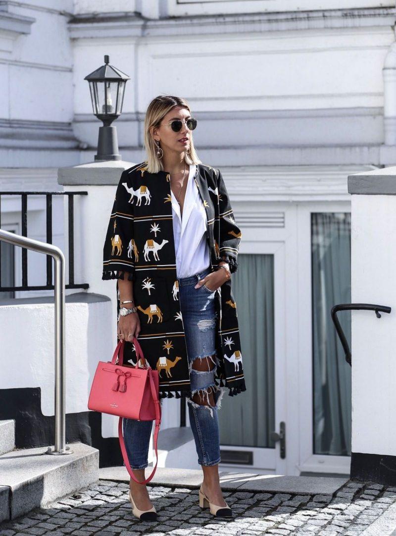 Stylish Ways to Wear Kimono With Jeans 2021